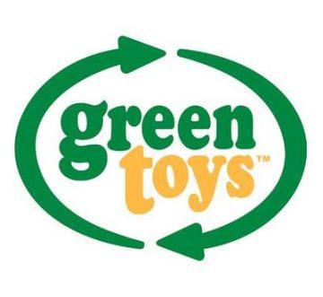 Rotaļlietas, kas ir ražotas no pārstrādātām piena pudelēm